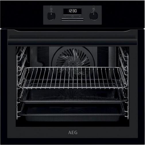 AEG Mastery SurroundCook BES331110B Vestavná trouba černá, Teleskopické výsuvy