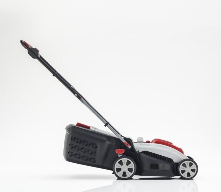 Obrázek galerie pro produkt AL-KO Moweo 3.29 Li 113633 + AKCE Zprovoznění, Aku sekačka na trávu, záběr 32cm + baterie a dobíječka
