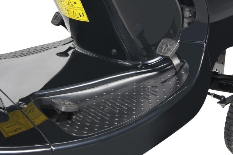 Obrázek galerie pro produkt AL-KO T 15-93.9 HD-A Black Edition Hydrostat 119932 + AKCE Zprovoznění, Zahradní travní traktor s košem